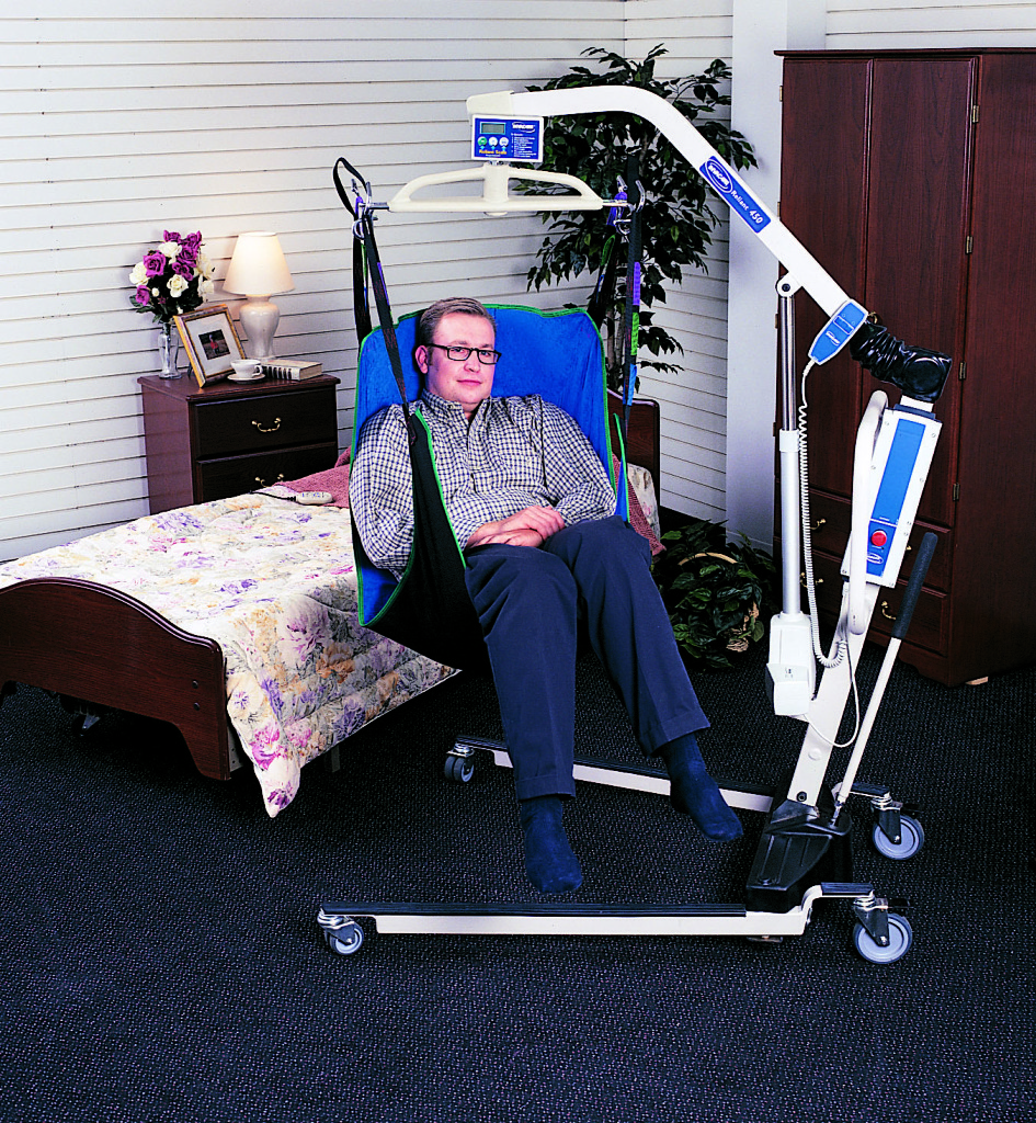 Mobility lifts mobility aid rentals mobility on wheels for Motorized beach wheelchair rental